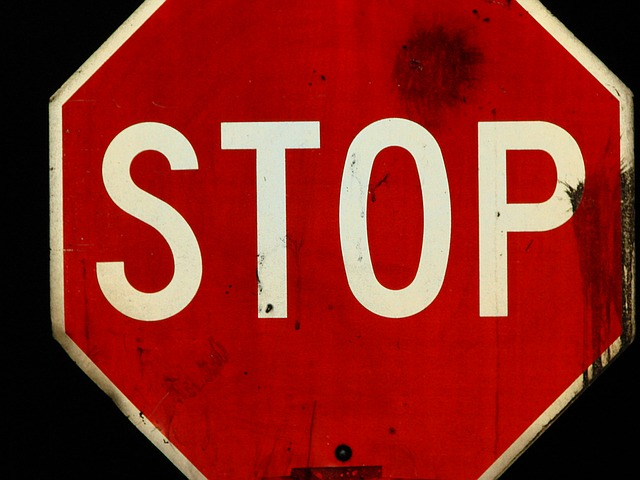 stop-sign-1397496_640